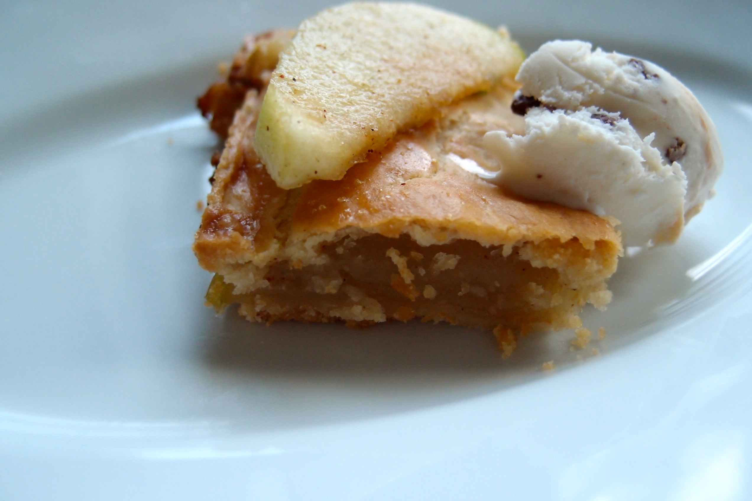 Danish Apple Bar